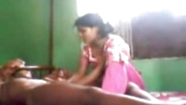 মা তার ছেলেকে স্তনবৃন্ত ধাক্কা বাংল xx জিজ্ঞেস