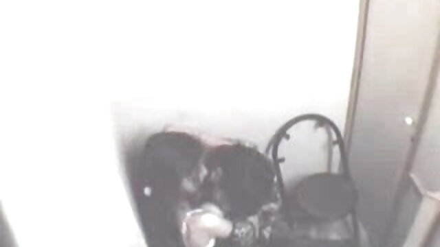 মহিলার দ্বারা কোঁকড়ানো পুরানো-বালিকা বন্ধু ধর্ষণ ww xx বাংলা