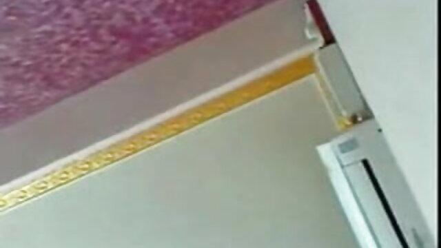 জোড়া বংলা xx বাঁড়ার চোদন হাতের কাজ মেয়েদের হস্তমৈথুন প্যান্টিহস