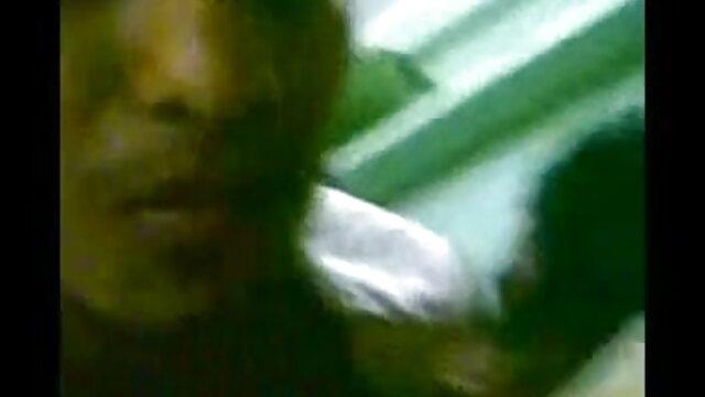 মা বাংলা চুদাচুদি xx তার ছেলে তার একটা সদস্য দেখানোর জন্য জিজ্ঞাসা