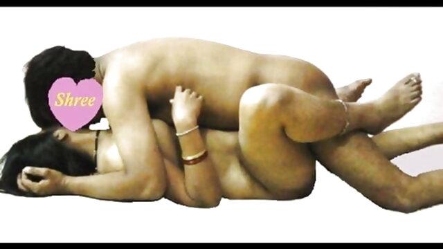 আমি বাংলা xx hd ঘুমিয়ে পড়েছিলাম আমার মমকে সাথে ঘুমিয়ে পড়েছিলাম