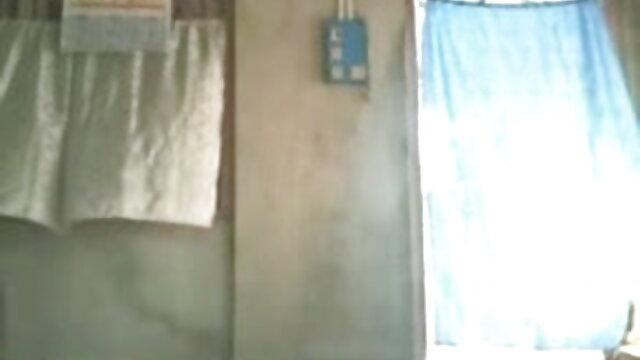 বহু পুরুষের বাংলা video xx এক নারির