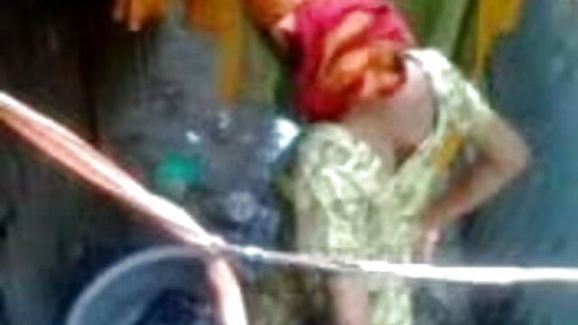 মুখগত ডগী-স্টাইল বাঁড়ার রস বংলা xx খাবার মাই এর কাজের