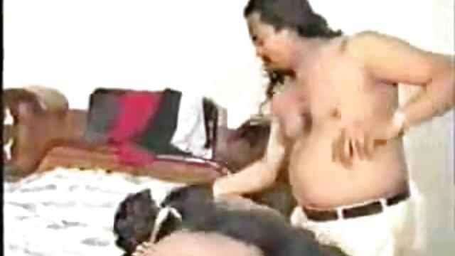 তিনি যুবক বাংলা xx vido শ্বাসরোধ এবং নৃশংসভাবে ধর্ষণের অব্যাহত