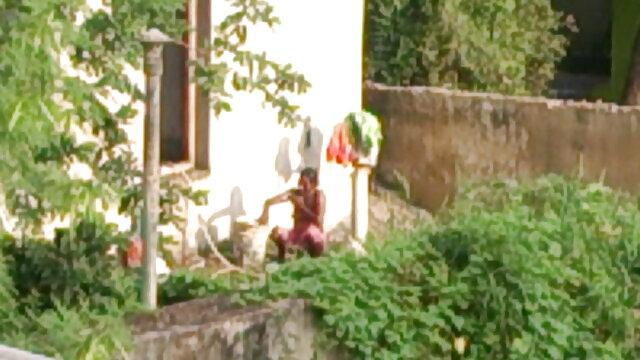স্বামী বাংলা xn xx com ও স্ত্রী, ব্লজব